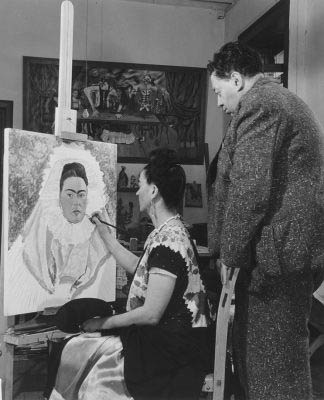 Bernard Silberstein Frida paints self-portrait while Diego observes 1940 the Jacques and Natasha Gelman Collection of Mexican Art © Bernard Silberstein ***This image may only be used in conjunction with editorial coverage of Frida Kahlo and Diego Rivera: masterpieces from Jacques and Natasha Gelman Collection 25 Jun - 9 Oct 2016, at the Art Gallery of New South Wales. This image may not be cropped or overwritten. Prior approval in writing required for use as a cover. Caption details must accompany reproduction of the image. *** Media contact: kamal.rana@ag.nsw.gov.au